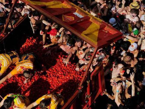 Испанский фестиваль Ла Томатина-2011.