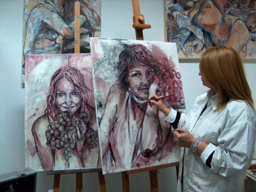 Во Флоренции картины пишут вином.