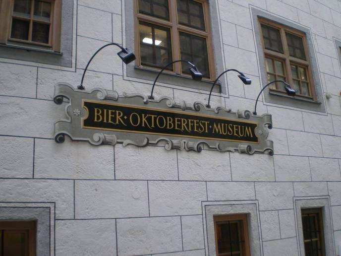 Bier und Oktoberfest Museum
