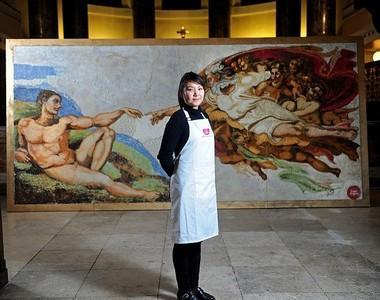 Мишель Вибово, Cake Angels, Микеланджело «Сотворение Адама»
